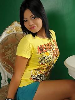 Beautiful girl fucked two dicks in the sauna XXX