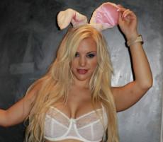 Blondie fesser porn videos at hot girl club