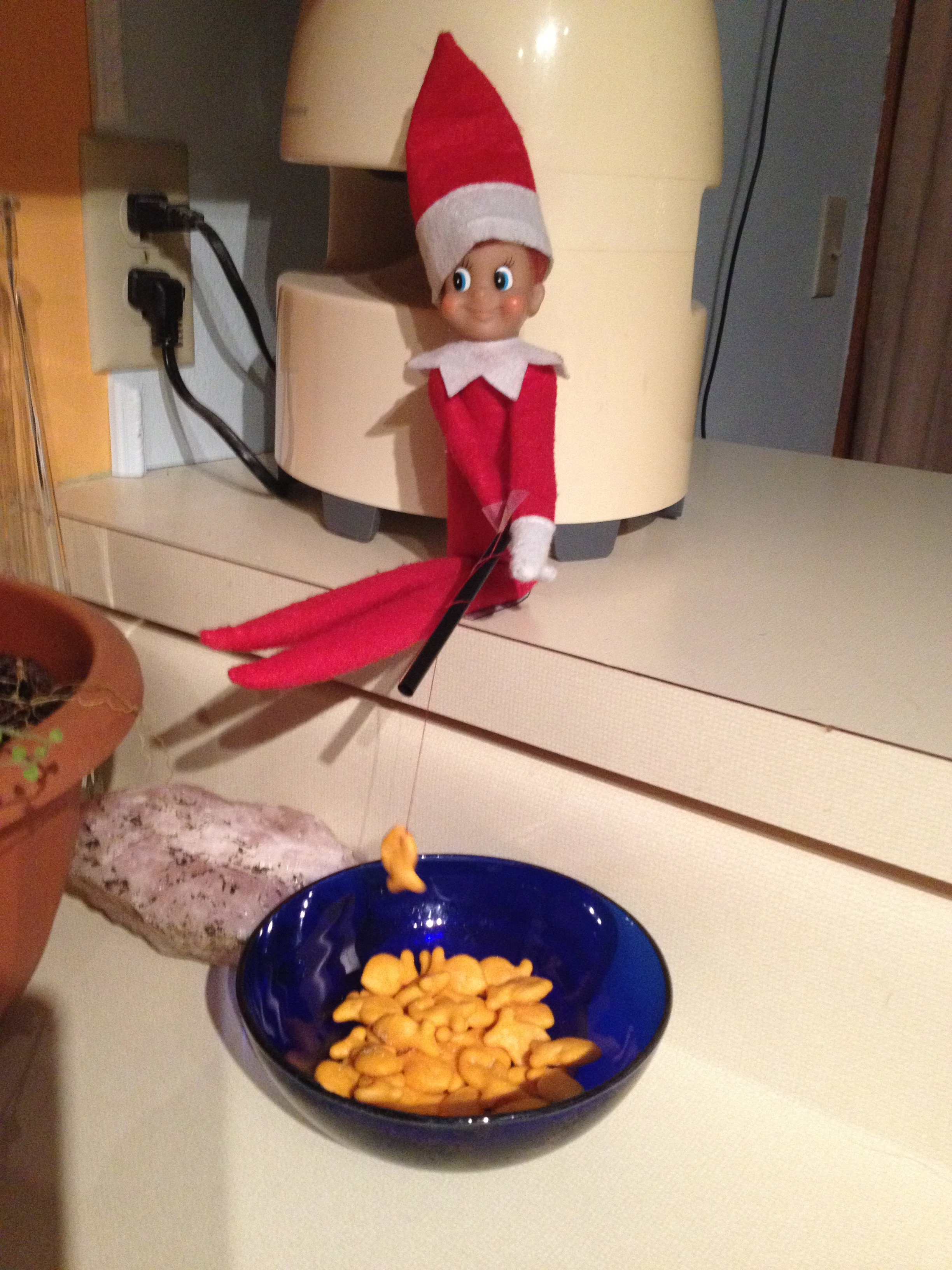 Elf on the shelf glory hole