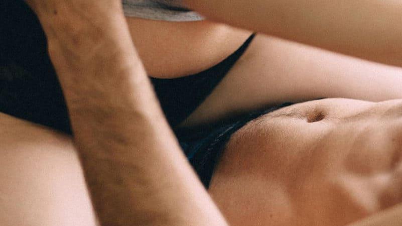 Sex auf den tisch