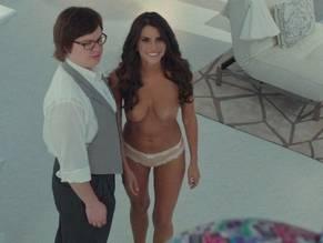 Hot tub time machine 2 tits