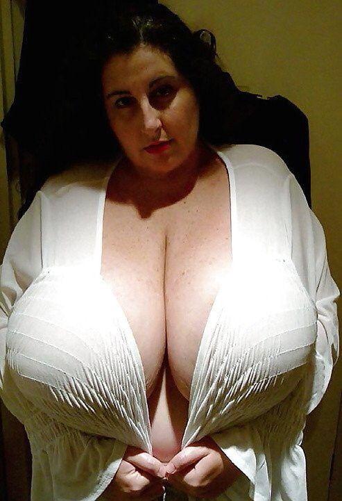 Big natural tits tube juggs porno clips sex juggs