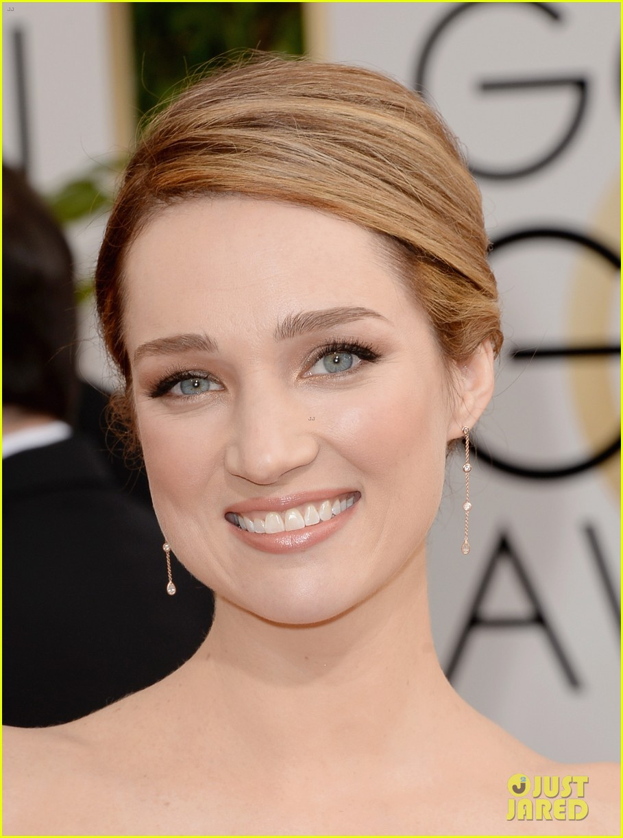Is kristen connolly related to jennifer connelly