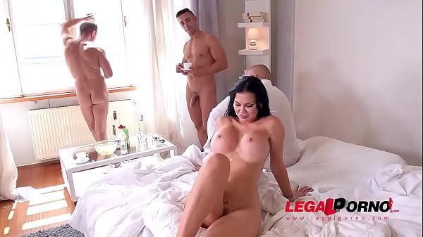 Jasmine jay videos busty vixen