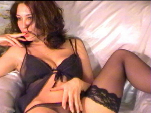 Live vid chat with horney wife free