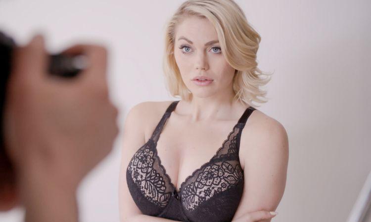 Paris hilton nude paris hilton jerks huge dick