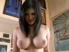 Busty whore sunny leone spreads her fuck slot for deep