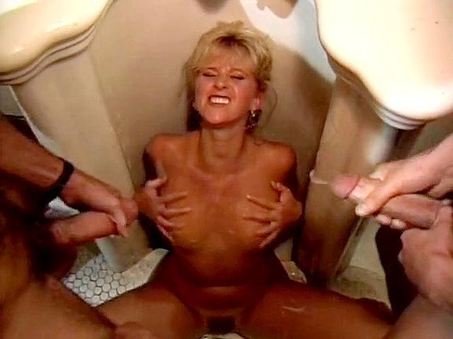 Eva notty solo tube suche videos abuse