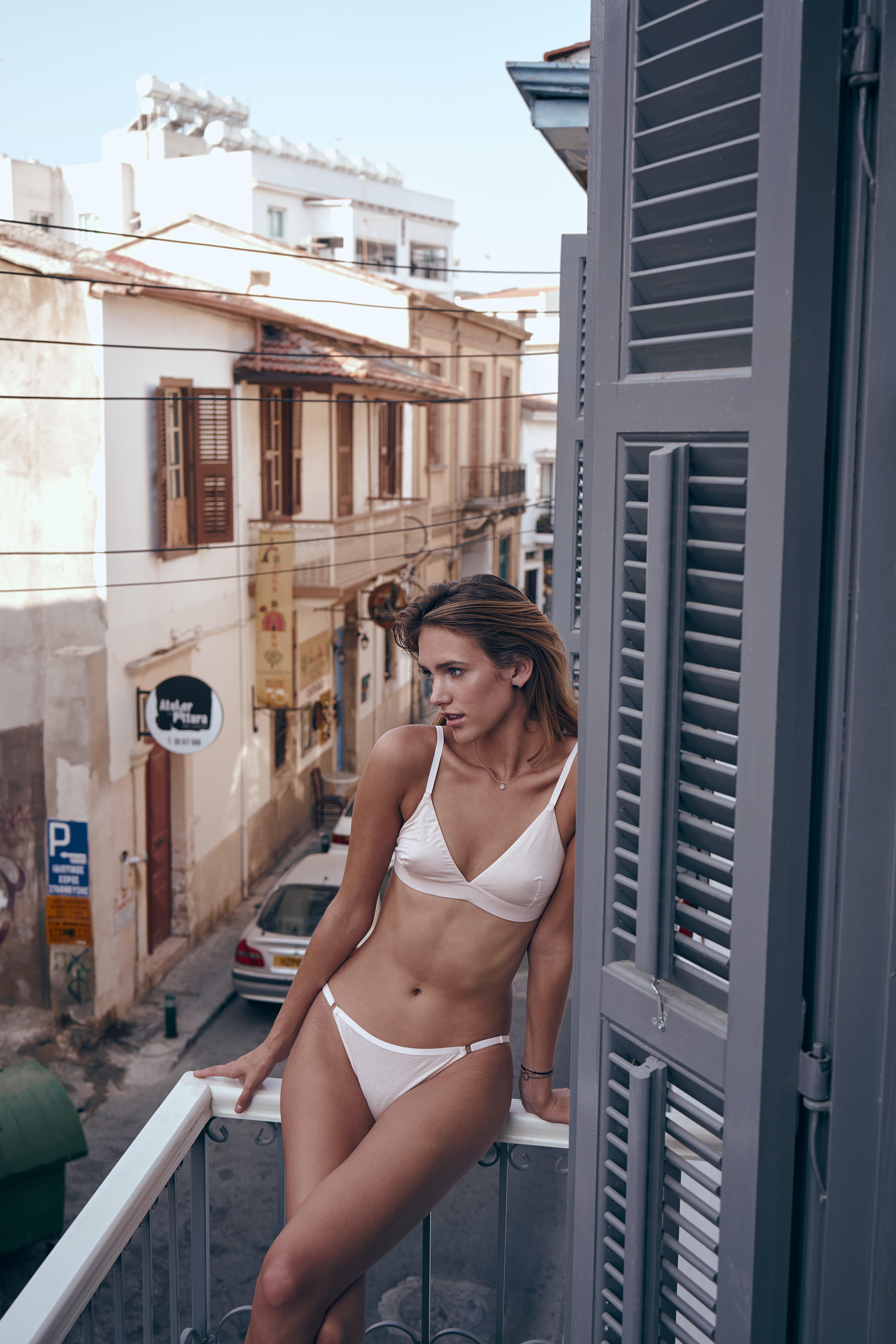 Showing images for mia malkova brazzers yoga porn xxx