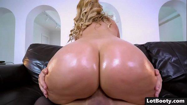 Milf plump ass humped