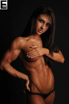 Photoshopped nude fitness girl with abs edinaus