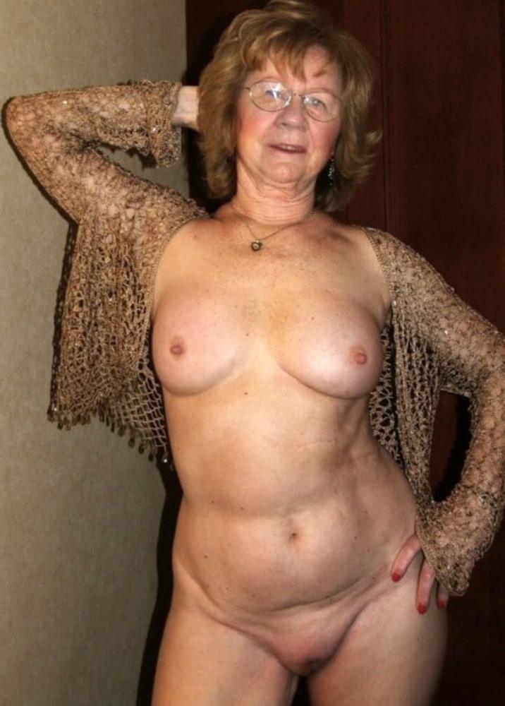 Amateur mature small tits